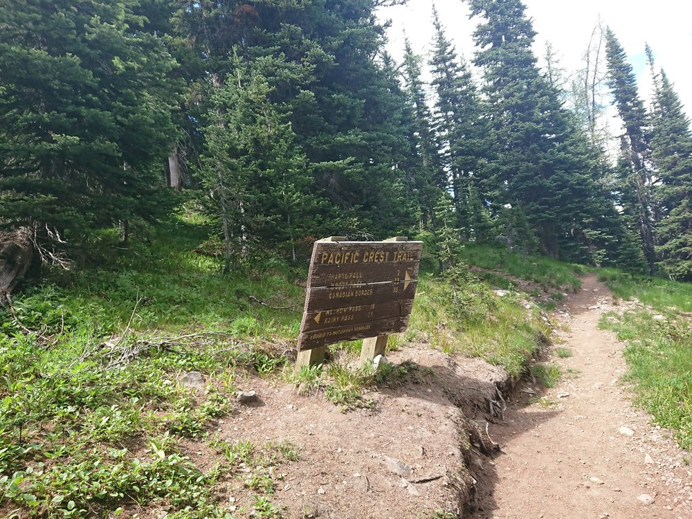 One of the last signs on the trail showing the distance to the border
