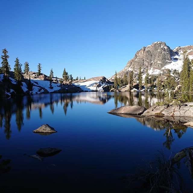 After finishing my hike I keep returning to my pictures and memories of the hike. This is one of my favorite pictures of a small mountain lake in the Sierra.  #pct #pct2018 #hiking #thruhike #thruhiking #thruhiker #backpacking #trekthepct #wehike #mexicotocanada #nature #liveoutdoors #pacificcresttrail