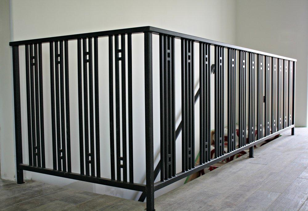 Metal-Railing2-e1448052054861.jpg