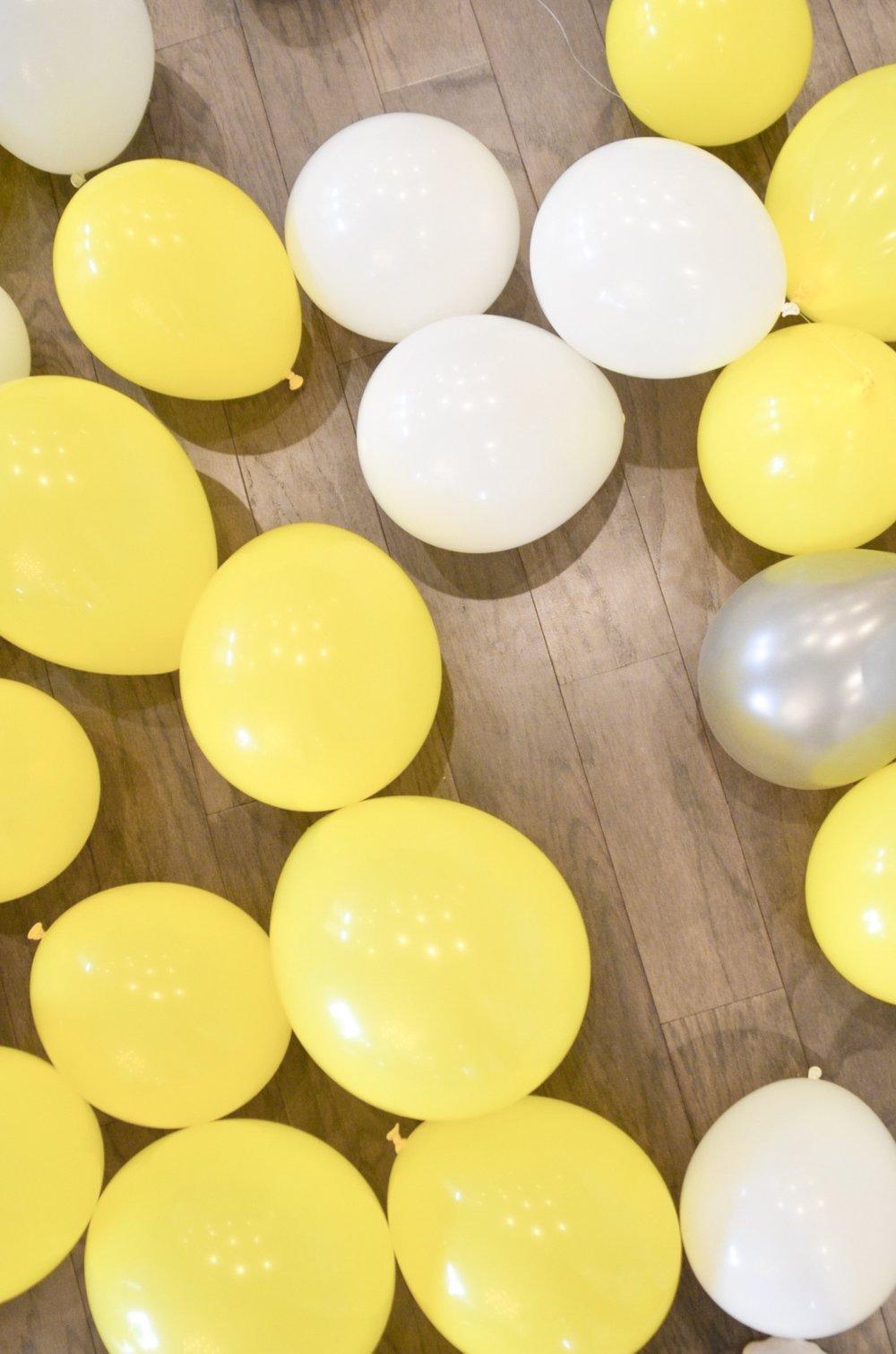 DIY-Balloon-Arch-2.JPG