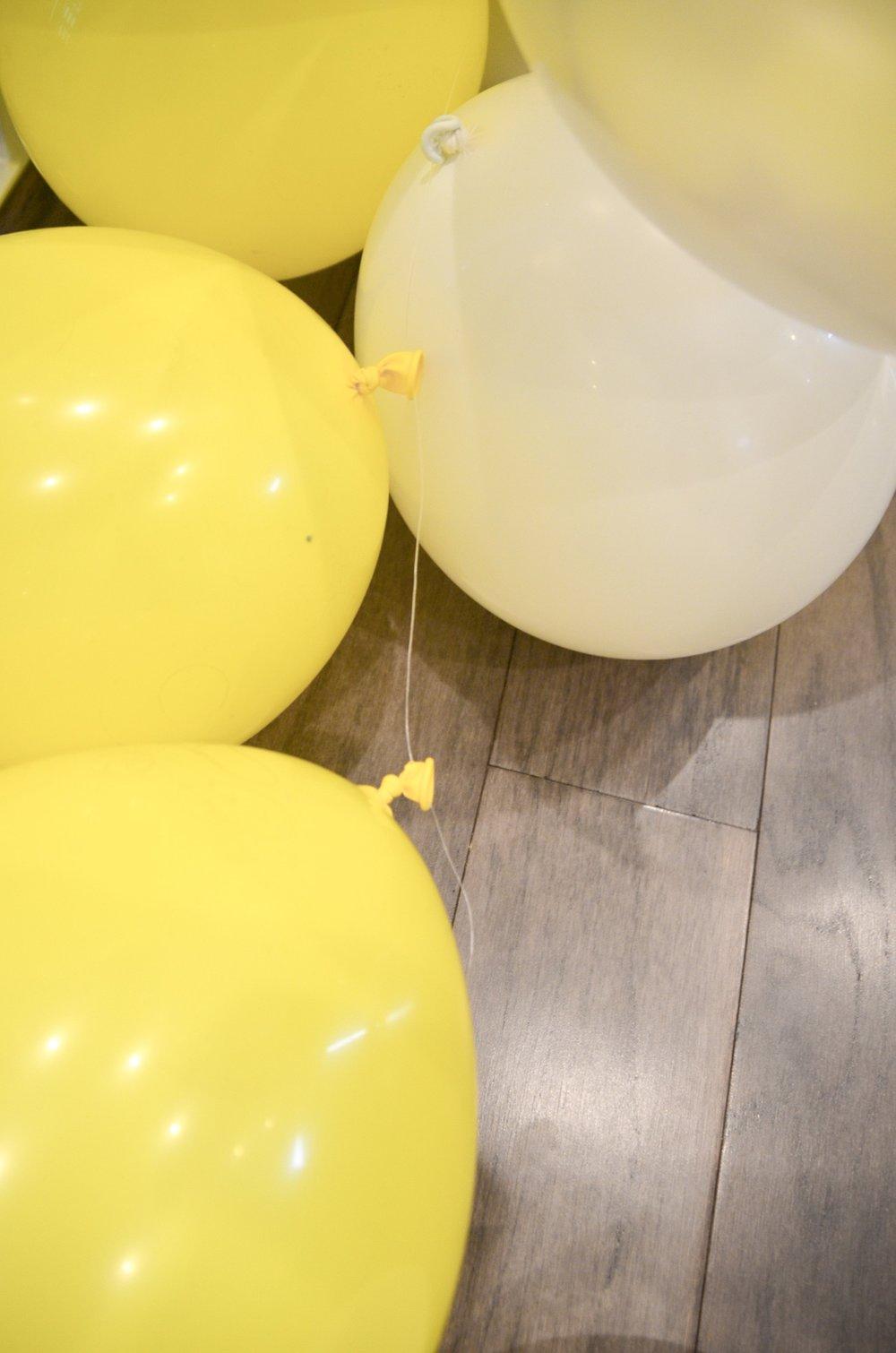 DIY-Balloon-Arch-3.JPG