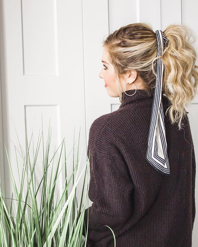 A silk scarf tied in your hair may look effortless & easy... BUT sometimes getting this look right the first time can be a little bit tricky! ⠀ •⠀ So today I'm breaking it down & sharing 3 ways to get in on this effortlessly chic trend… complete with my fail-proof tips for keeping this look feeling elegant + polished (rather than childish & messy)! ⠀ •⠀ STYLE TIP: the trick to getting this hairstyle to look effortless + easy is as simple as choosing the right type of hairstyle with the right length scarf! (ex/ a high pony + long scarf)⠀ 🙌🏻⠀ Tap the link in my bio to read more...⠀ ___⠀ #styletip #styletips #wearitloveit #weekendstyle #sundaystyle #darlingweekend #realoutfitgram #wiwtoday #fashionmama #mamatribevibes #ig_motherhood #momuniform #stylishmama #momootd #winterootd #momiform #motherhoodinstyle #ohheymama #winterstylefile #ootdstyle #mamalife #stylishmama #postpartumstyle #joyfulmamas