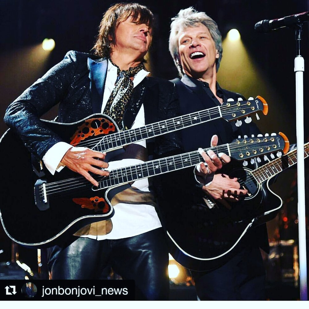 Bon Jovi Hall of Fame Performance 2018 - Richie Sambora is wearing his V&G custom guitar strap.