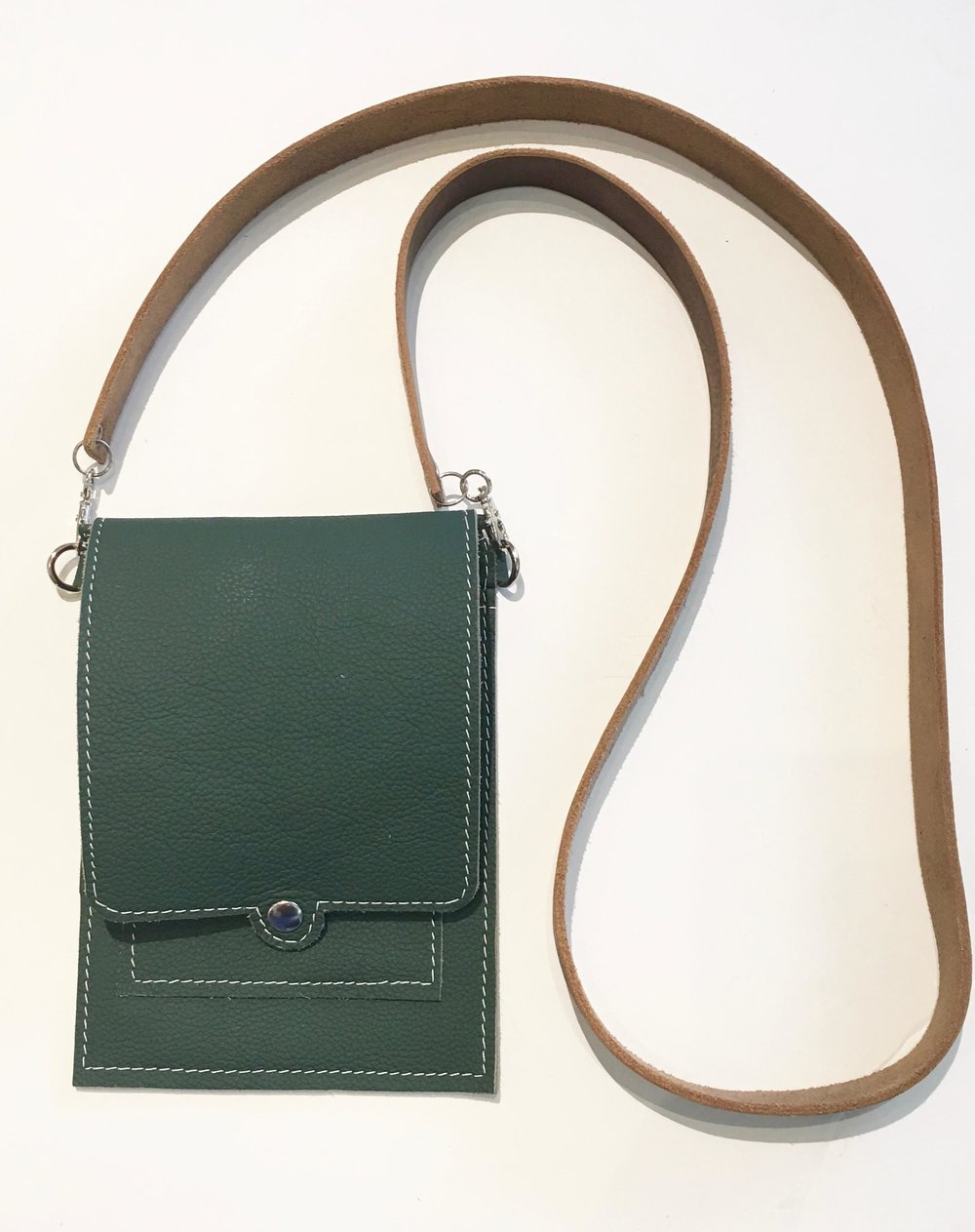 Green cowhide bag with 2 inside pockets and 2 pockets for business cards. &178..jpg