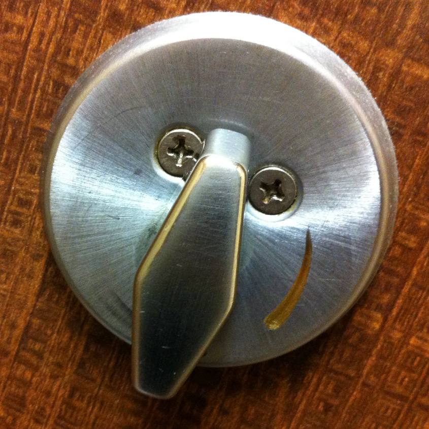lock smiley, big nose, silver.jpg