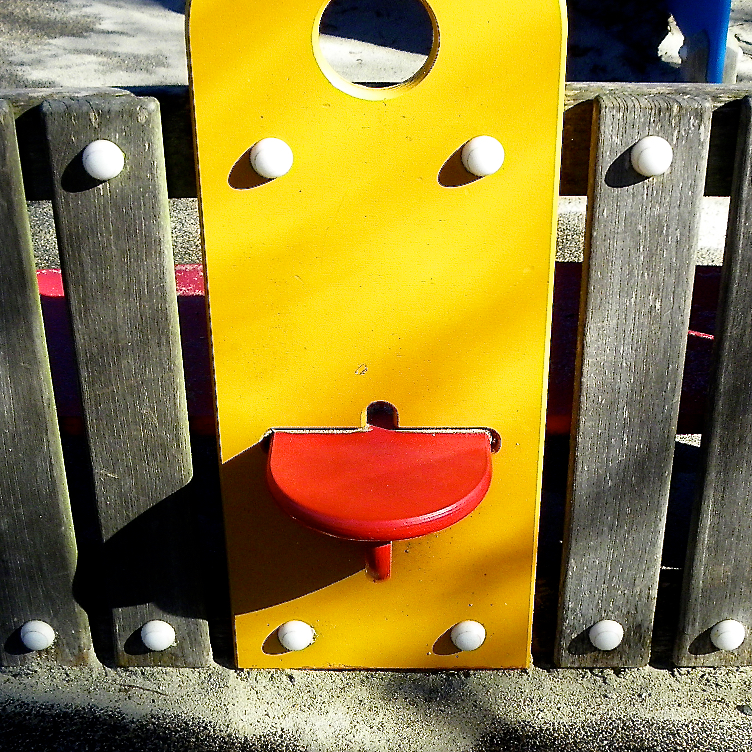 Playground Smiley, 11.jpg