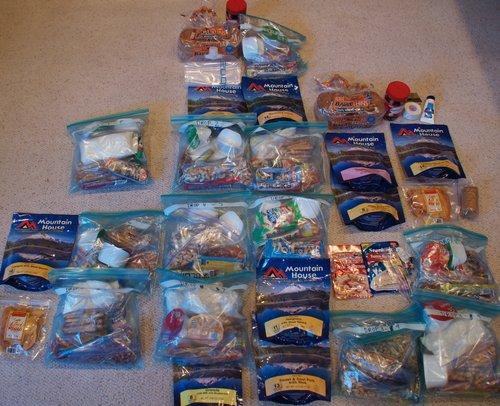 Food List - Food- 3500 to 4500 calories (roughly 200+ calories/hr * 17hrs)2 servings/bottles of Hammer Perpeteum (orange vanilla flavor) 6x scoops each serving 1600cal5 sleeves of Clif Bloks (raspberry) 1000cal3 Clif Mojo bars (mixed nut flavor) 600cal1 bag sesame sticks (honey flavor) about the size of 2 fists 1 PBJ sandwich 200cal1 Turkey, Cheese and avocado sandwich 400cal1 bag cashews fist size 400cal1 bag dried apricots half fist sizeDried CherriesBananaApple