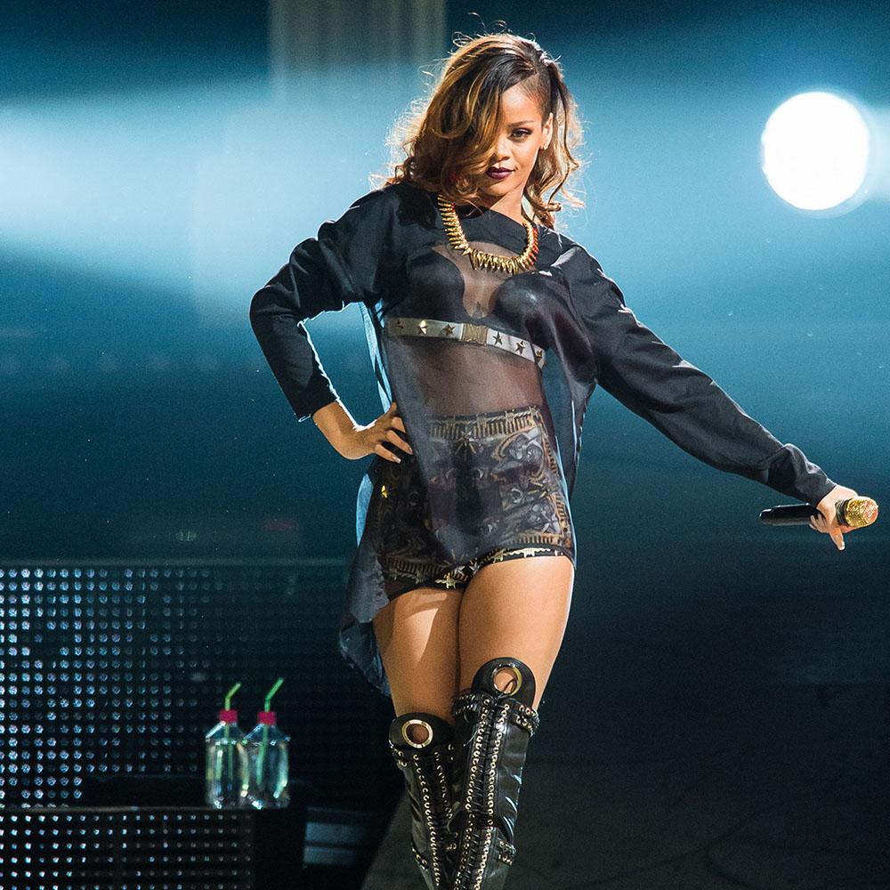 Rihanna_12.jpg