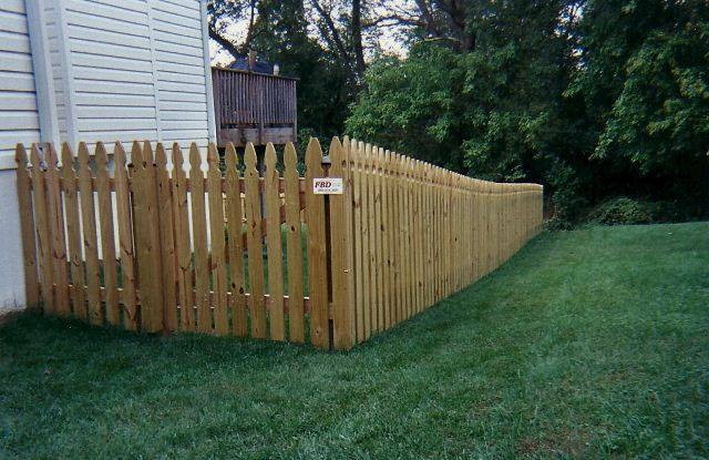 Colonial French Gothic Picket