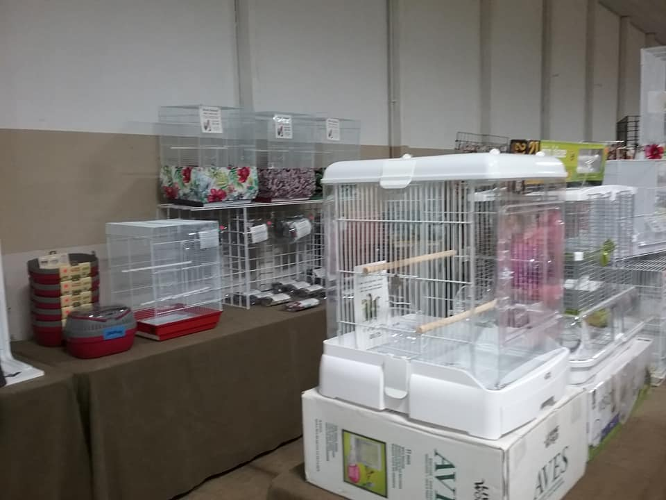 maebs bird fair 2018 cages.jpg