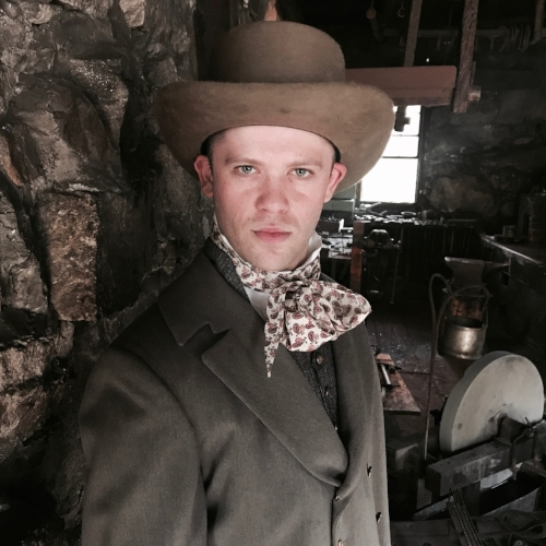 Sam Urdang as  Samuel Colt