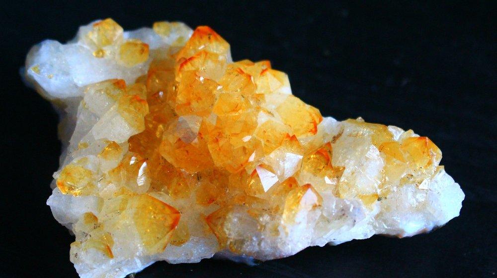 citrine-1093454_1920.jpg