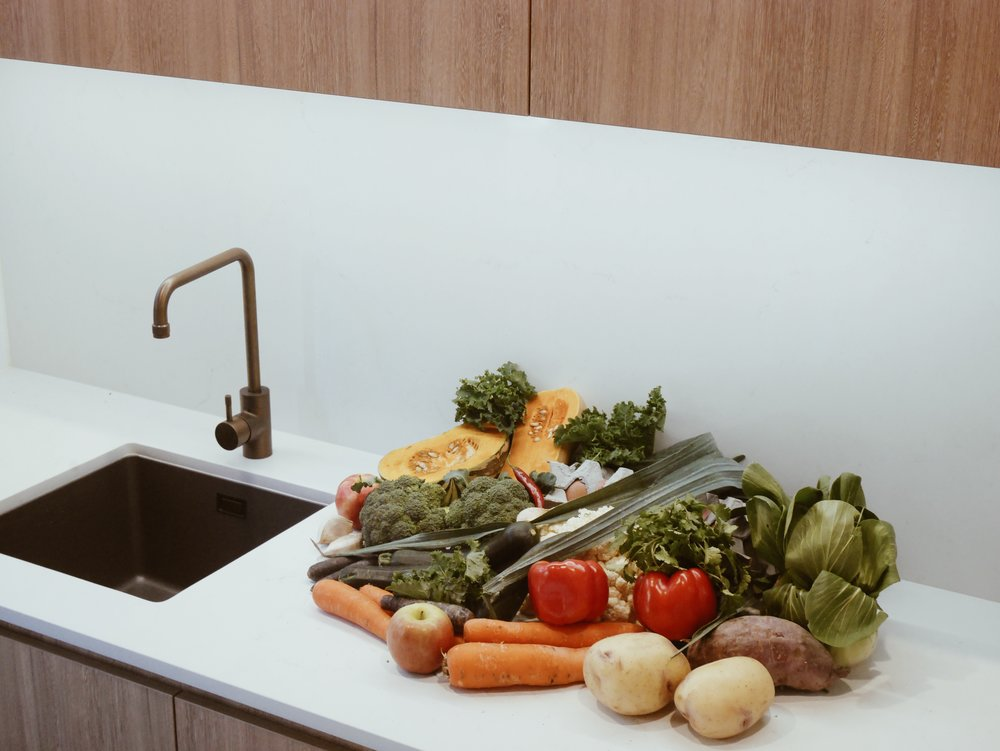 food & home - Everyday low tox and low waste staples with everyday impacts.