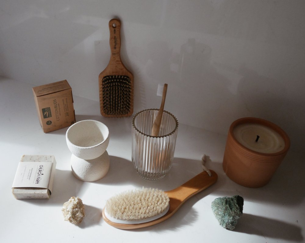 personal care - Low tox and low waste bathroom items to keep you as fresh as a daisy.