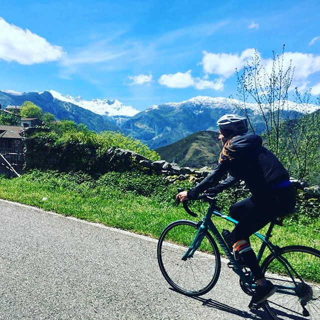 What a climb my arse hurts so much but what an amazing view #cycling #mountains #picosdeeuropa #spain #legs #challenge