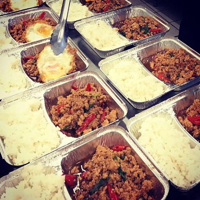 Take away? No problem! #lunchbox #bangkok1974 #foodstagram #foodporn #bangkokfood #thaistyle #krapaomoo #thaifood #thaifoodstagram