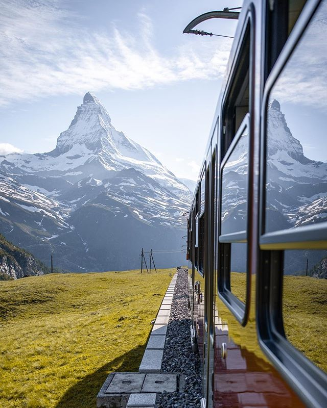 This is the train you take to get to Gorbergrat. An excelent spot to shoot the Matterhorn. The train is pretty expensive but it's worth it! I've never seen such a unique view. I definitely want to explore more of Switzerland. So stay tuned... 😏 • • #createcommune #way2ill #shoot2kill #agameoftones #theimaged #justgoshoot #citykillerz #moodygrams #createexploretakeover #createexplore #streatdreamsmag #fatalframes #exploreeverything #ACreativeVisual #yngkillers #artofvisuals #communityfirst #mkexplore #visualsoflife #thecreatorclass #hbouthere #architecture #urban #featuremeinstagood #vscocam #photooftheday #loves_united_urban #illgrammers #killeverygram