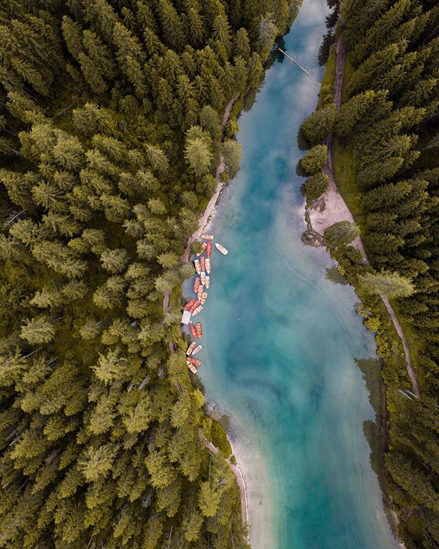 Tomorrow I'm off to the Dolomites once again. We're just going to swing by tho. The new roadtrip takes us to the Italian coast. There are some epic locations ahead. It's going to be another epic adventure! Stay tuned! • • #watchthedrone #droneoftheday #dronestagram #dronegear #beautifuldestinations @beautifuldestinations #djiglobal #moodygrams #gramslayers #hpow #naturelovers #ourplanetdaily #allnatureshots #artofvisuals @artofvisuals #earthherpeople #earthfocus #earth_shotz #earth_deluxe #awesomeearth #artofvisuals #theIMAGED #travelgram #traveleurope #topeuropephoto #super_europe #living_europe #ourmoodydays #ig_italy