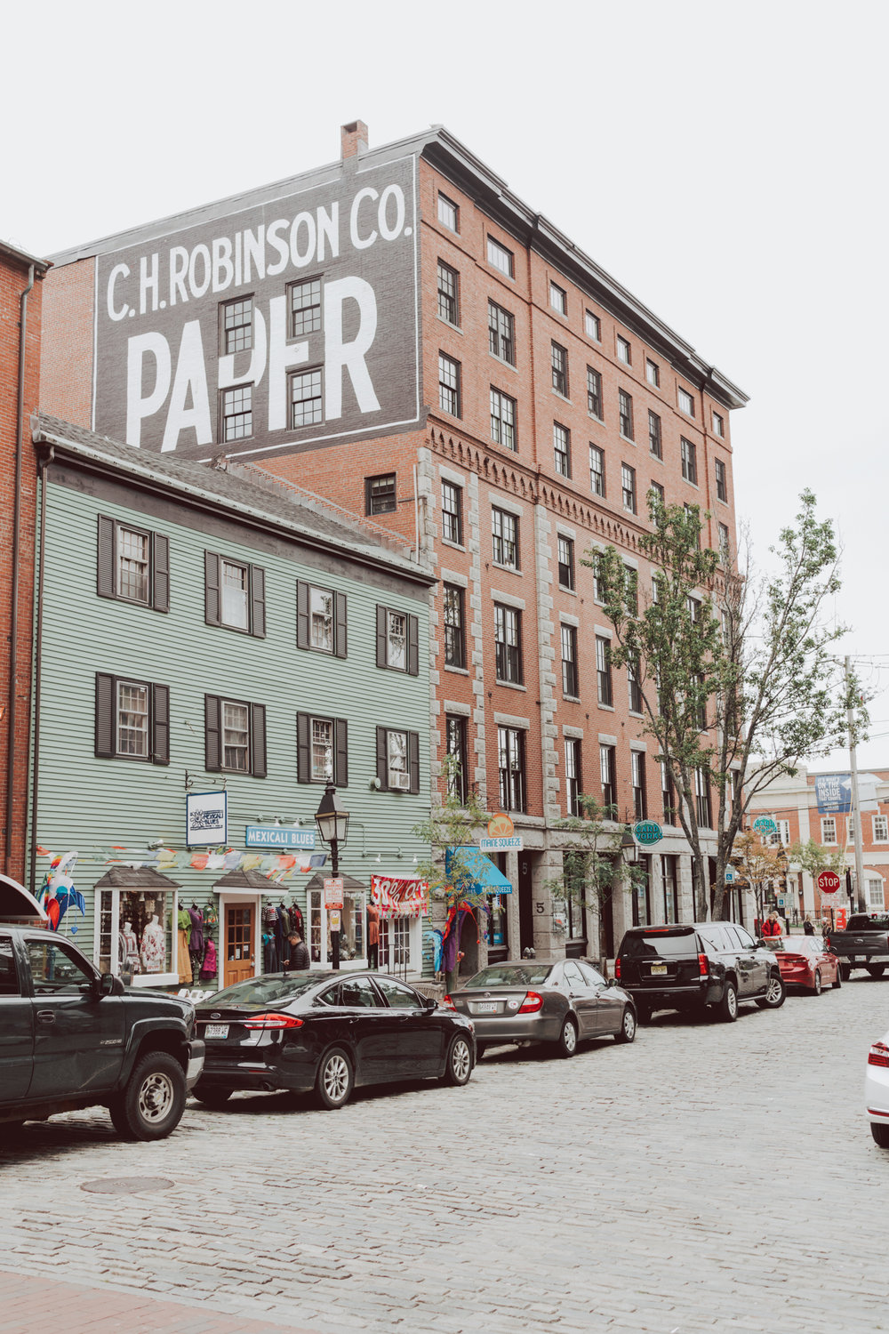 Complete guide and Things to do in #Maine like visiting #Portland and go on a road trip.
