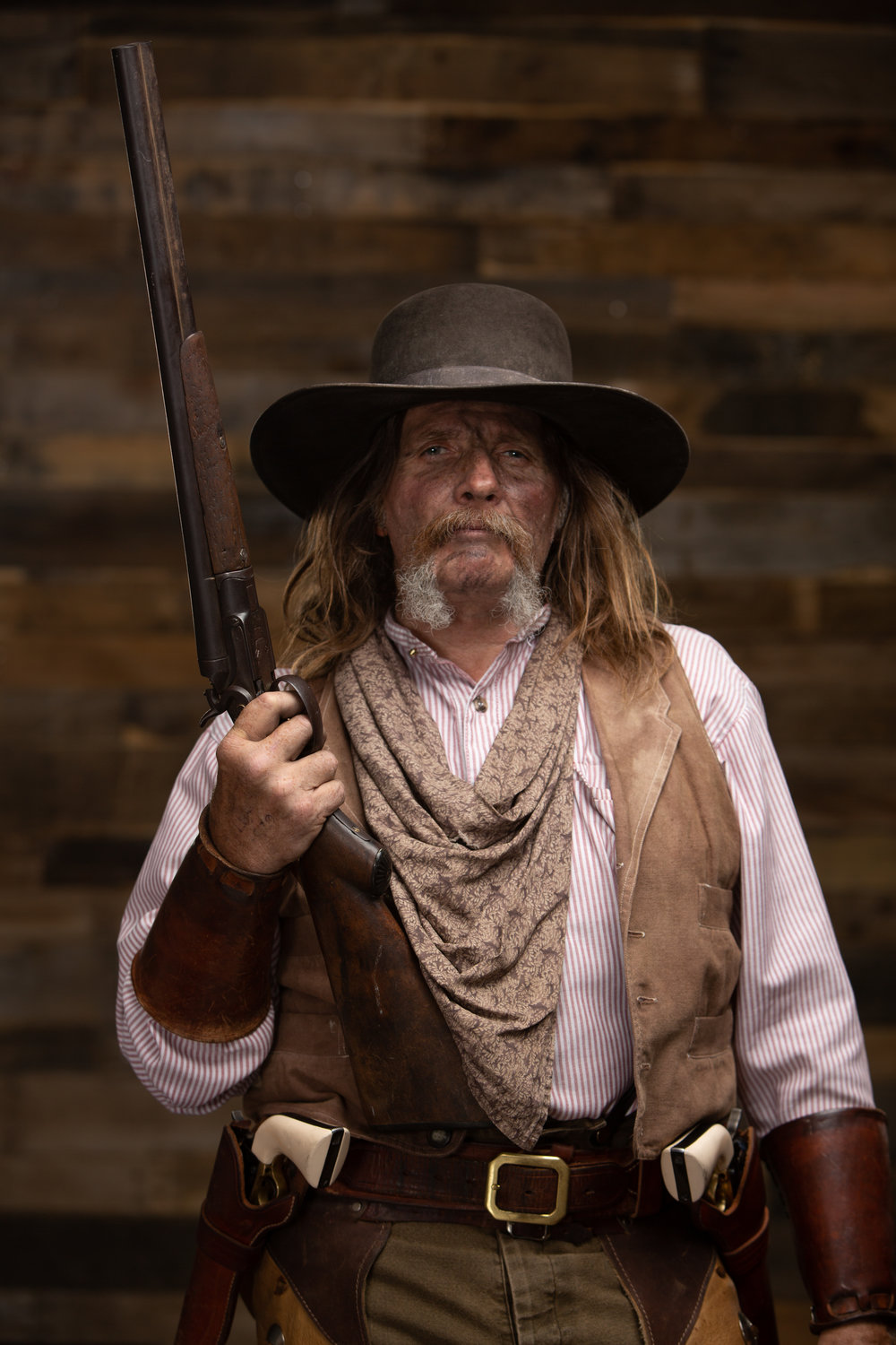 - Just one of the looks Canyon Red brought to the studio. Here, in his period correct cowboy outfit, he looks like he's just returned from either rustling some cattle or maybe even robbing a stagecoach or two.