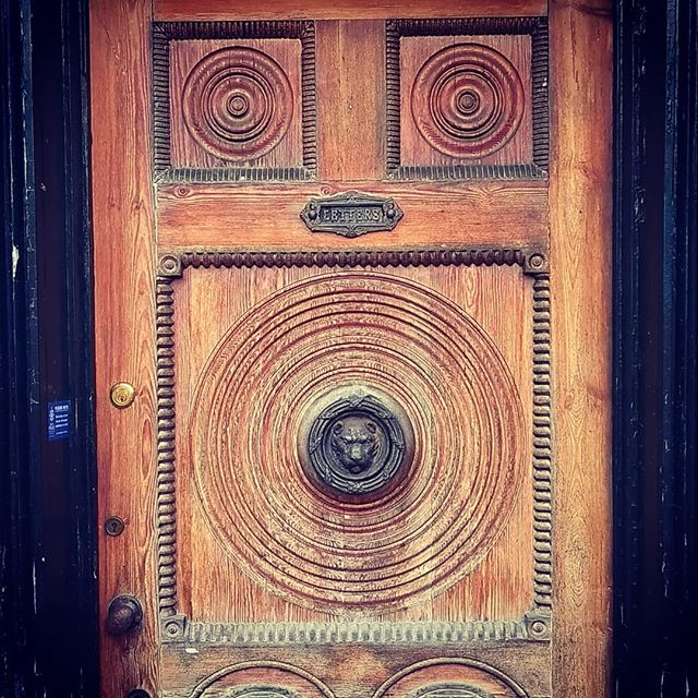 A 15 century handcarved door on a Grade 2 Listed project. Apparently architectural salvage from when Henry VIII stripped out Hampton Court Palace #builttolast #notmadelikethatanymore #carving #woodwork #hamptoncourtpalace