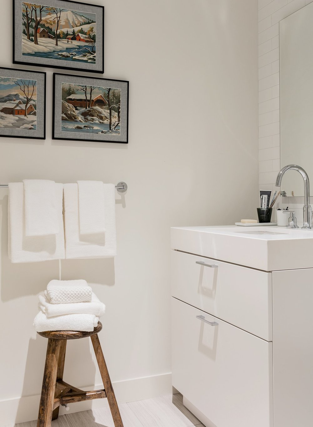 pier-4-model-guest-bathroom-hudson-interior-designs.jpg