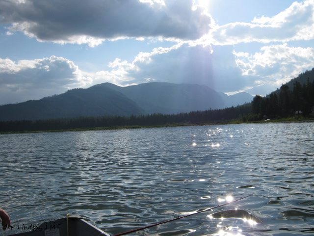 Rays over Lake.png