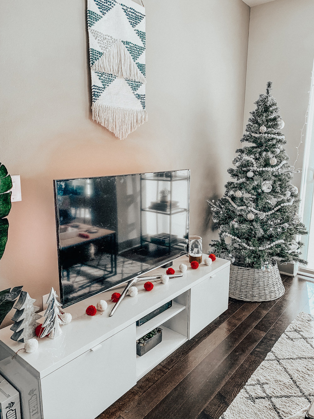 Holiday Decor 2018 TARA MICHELLE