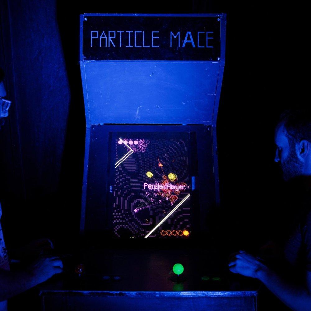 PARTICLE MACE -
