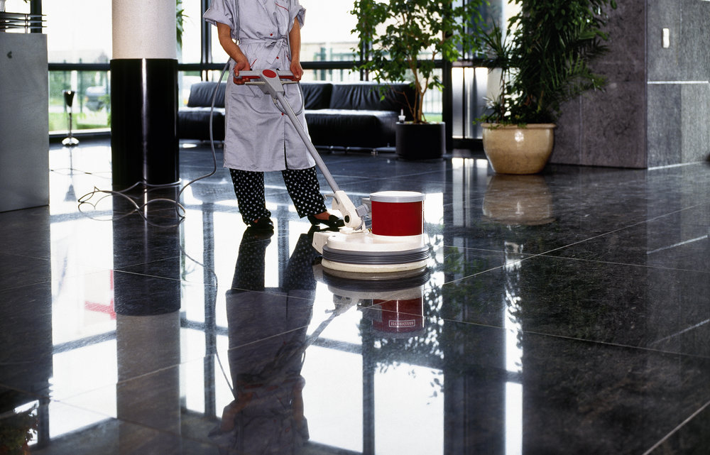 adult-cleaner-maid-woman-with-uniform-cleaning-P6PHW2X.jpg