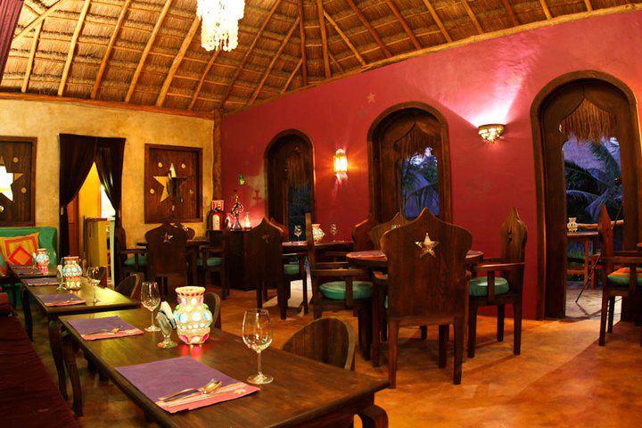 1420572954-2-Restaurant_Las_Estrellas_at_Cabanas_La_Luna.jpg