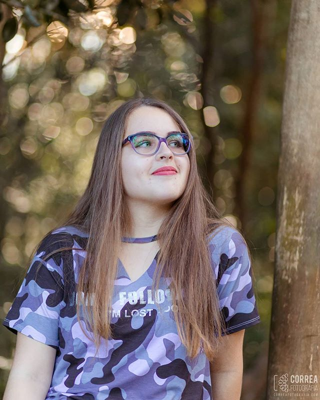 Ah os sonhos adolescentes ❤ É sempre renovador fotografar meninas de 15 anos, elas tem tantos sonhos que é até inspirador! Nos faz lembrar que não devemos esquecer nossos próprios sonhos, pois nada é tão nosso do que eles ❤ . #ensaio15anos #15anos