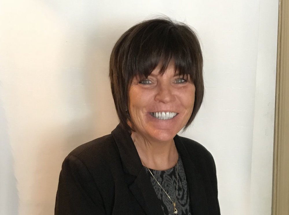 Meet Laura - My Mission:To provide peace of mind to you while you are away...to treat your home with the pride and respect it deserves and you should expect.My Promise:To deliver it with Experience, Integrity, Professionalism & Excellent Client Care.