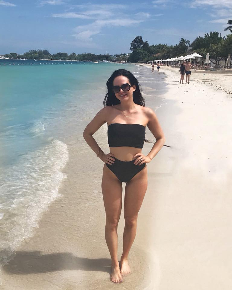 7-mile beach crunches then cocktails honeymoon justine moore sloan bikini fitness swimsuit