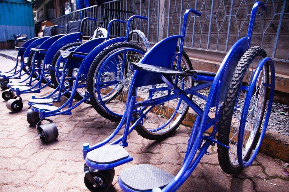 blue-business-chair-735656.jpg
