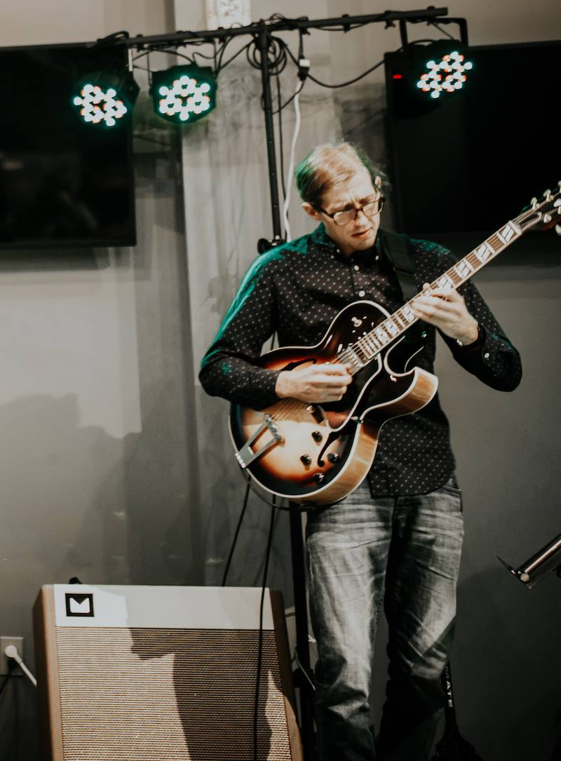 Clayton Roffey - Guitar - Clayton Roffey is a sharp guitarist and he absolutley rips the blues. Chanda and Clayton together are a mighty force. Clayton is headlining Saints Sessions March 7th. You should go.