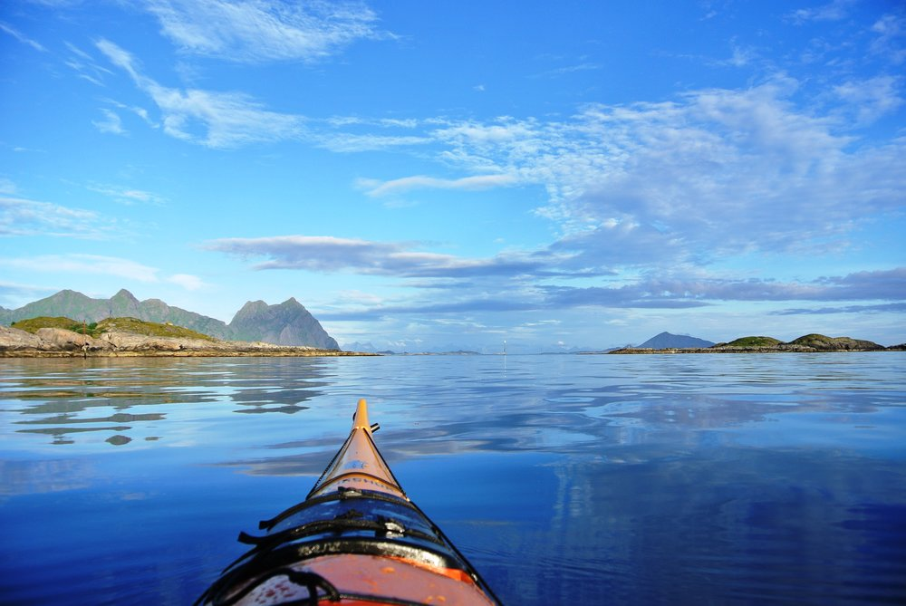 Kayaking - Lofoten is the perfect place for kayaking. The beautiful archipelago and crystal clear water makes the experience even more breathtaking. It´s possible to rent a kayak if you didn't bring your own.