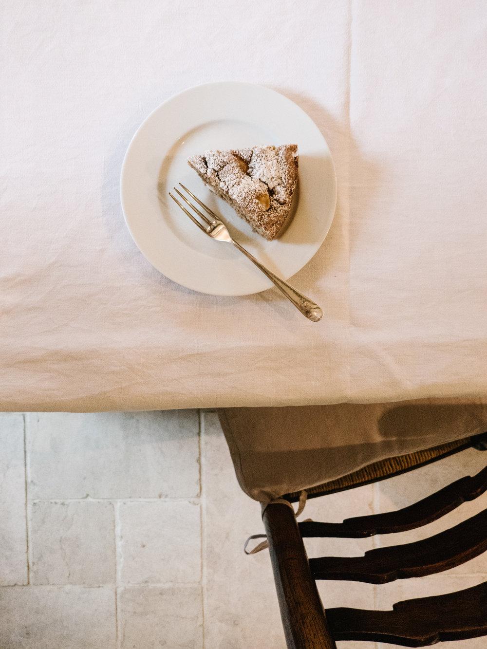 Apple-Cake-Alexandra-Dudley-10.jpg