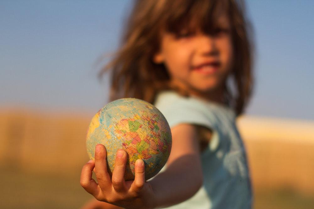 Nachhaltigkeit - Nachhaltigkeit ist ein wichtiges Thema unserer Zeit und fängt bei jedem Einzelnen im Geiste an. Ein bewusster und respektvoller Umgang mit den Ressourcen im Einklang mit Mensch und Natur ist für uns essentiell.