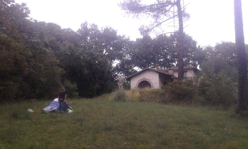 That time we slept in a garden that wasn't ours, allowed by the people who lived in a house that wasn't theirs (but that had a name -  Chateâu des Étoiles )
