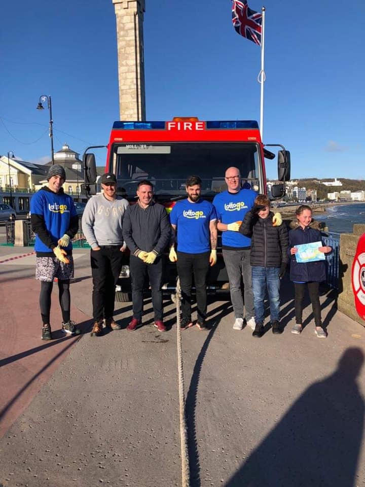 Annexio's muscle  take on the 8 ton Fire Engine Pull   28th October 2018