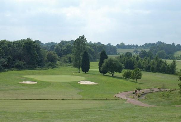 cray valley golf 1.jpg