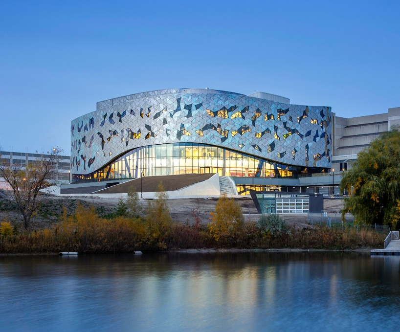 CarbonCure CMU by Permacon was specified in the Bergeron Centre in Toronto, ON.   View Case Study.