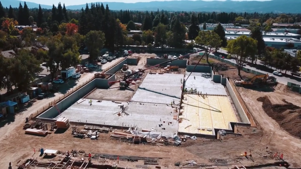 An aerial view of the new LinkedIn headquarters in Mountain View, CA being constructed with CarbonCure concrete supplied by Central Concrete Supply Co. More info about the project can be found in the  recent coverage by CNN .