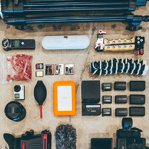 UNLEASH THE CREATIVE - Learn pro phone-camera hacksEquipment, apps and accessoriesStorytelling 101