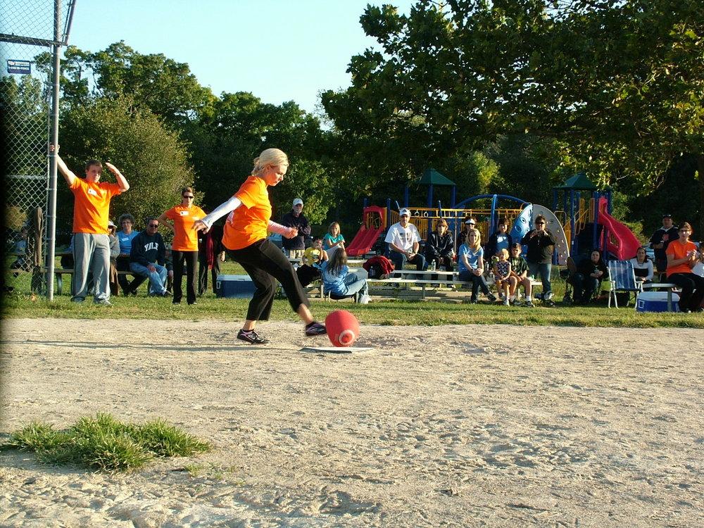 2010 Kickball 176.JPG