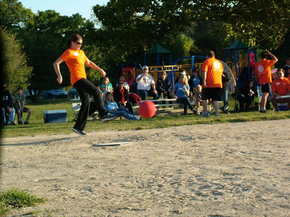 2010 Kickball 191.JPG