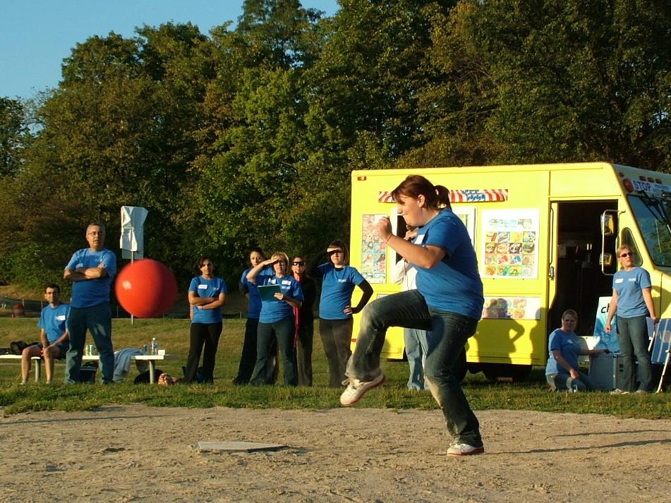2010 Kickball 348.JPG