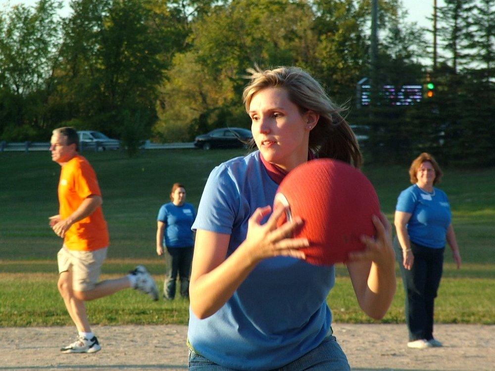 2010 Kickball 389.JPG