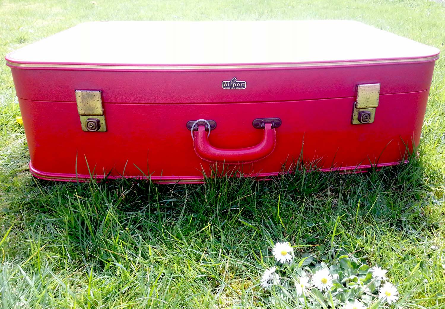 Vintage Red 'Airport' Suitcase - themagpiediaries.co.uk
